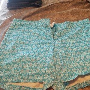Blur and white elephants shorts